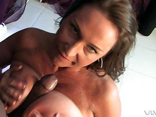 Mature blue eyed MILF Jodie Hernendez takes a big black cock