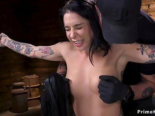 Alt slave gets zapper in bondage