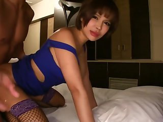 cougar bitch young lady 5839