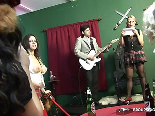 Katie Kaliana shares a cumshot with her slutty friends in an orgy