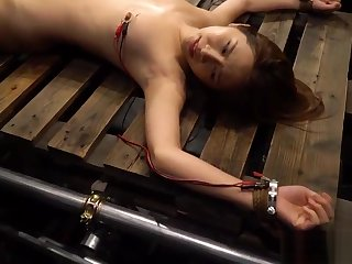 Electro torture Asian Girl Japanese - 20