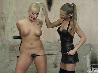 Bondage experience and a slave role are memorable for lesbian Sarah Kay