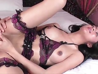 Lovely Tranny Alice G gets fucked while stroking her sheshaft