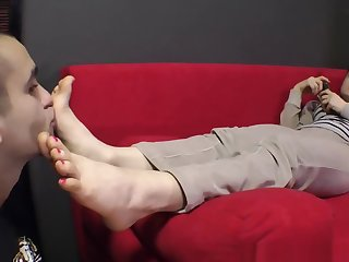 Goddess Bianca Toes and Soles 3
