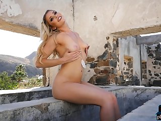 Australian MILF blonde Rebekah Cotton outdoor striptease