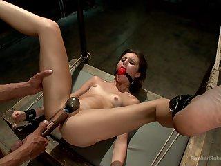Excellent BDSM shows amateur babe proper orgasm when submissive