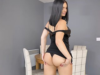 Lonely brunette Roxee Couture gets rid of black dress to pet herself