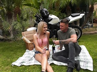 Romantic picnic with a hot shemale turns into some hardcore action