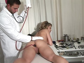 Unconventional anal examination with Kim Nicole and her physician
