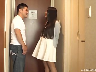 Japanese call girl pounded missionary style hard at a hotel room